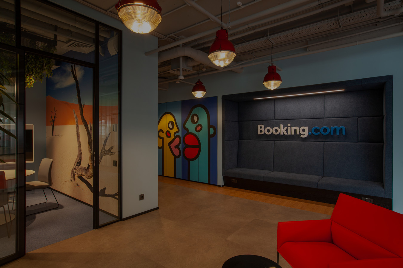 <p>Booking.com (Novosibirsk)</p>